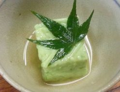 グリンピースの豆腐